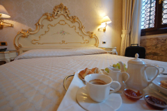 breakfast-at-hotel-torino-double-classic-room